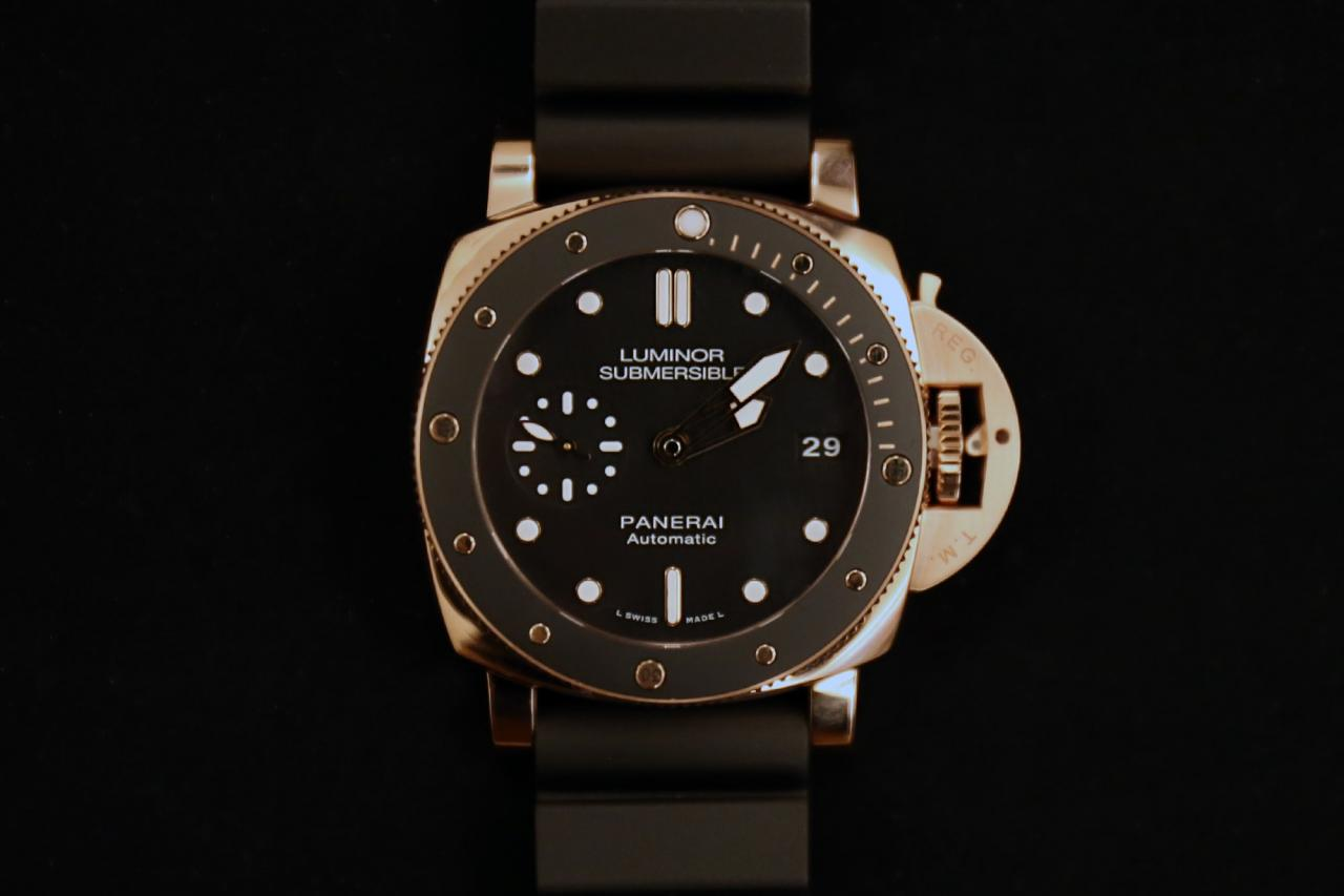 panerai pam 684 submersible 42mm